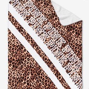 PINK Victoria's Secret Leopard Sherpa Blanket